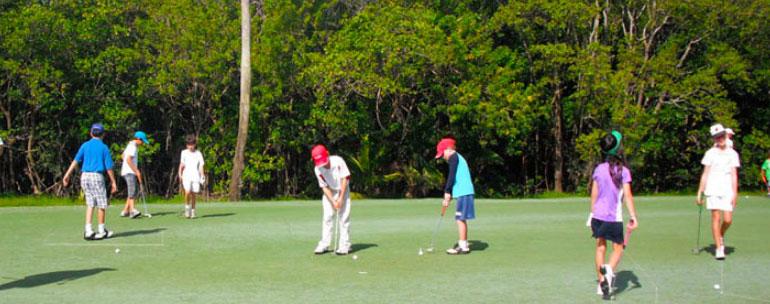cursos de golf campamentos 1 - 5 razones para enviarles a un campamento de verano