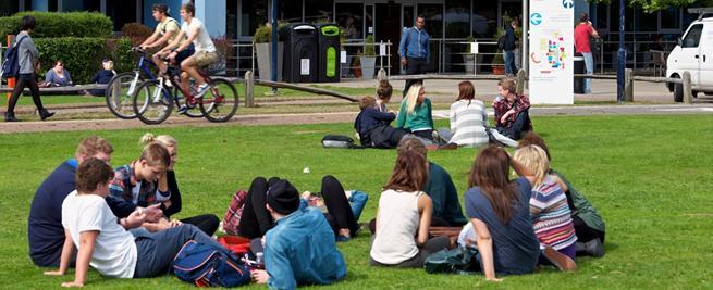 chichester college - Cursos de verano en Chichester