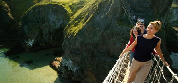 belfast - 5 destinos para estudiar inglés en verano y no morir de calor
