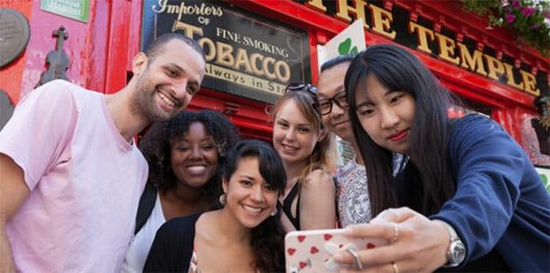 ingles para mayores de 30 - Cursos de inglés para mayores de 30 años: descubre los nuevos destinos en los que puedes estudiar inglés con gente de tu edad