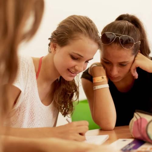 Cursos en casa del profesor - Cursos de inglés con viaje individual para menores