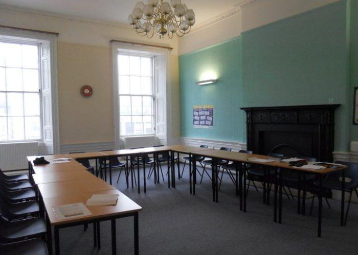 aula de inglés en Edimburgo