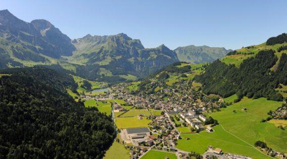 Dorf, Engelberg;.Village, Engelberg;