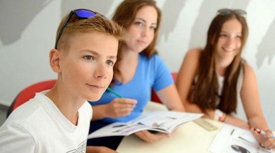 cursos-familias-malta-juniors