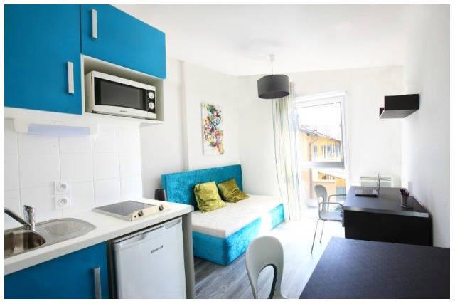 Lyon Bleu Residence 3 640x427 - Lyon