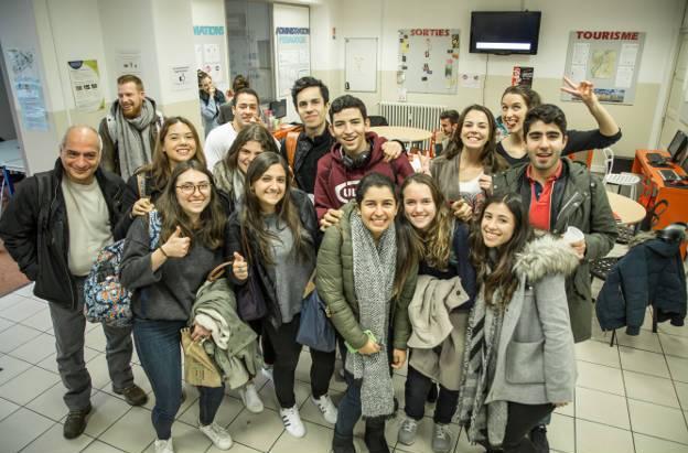 academia frances lyon estudiantes - Lyon