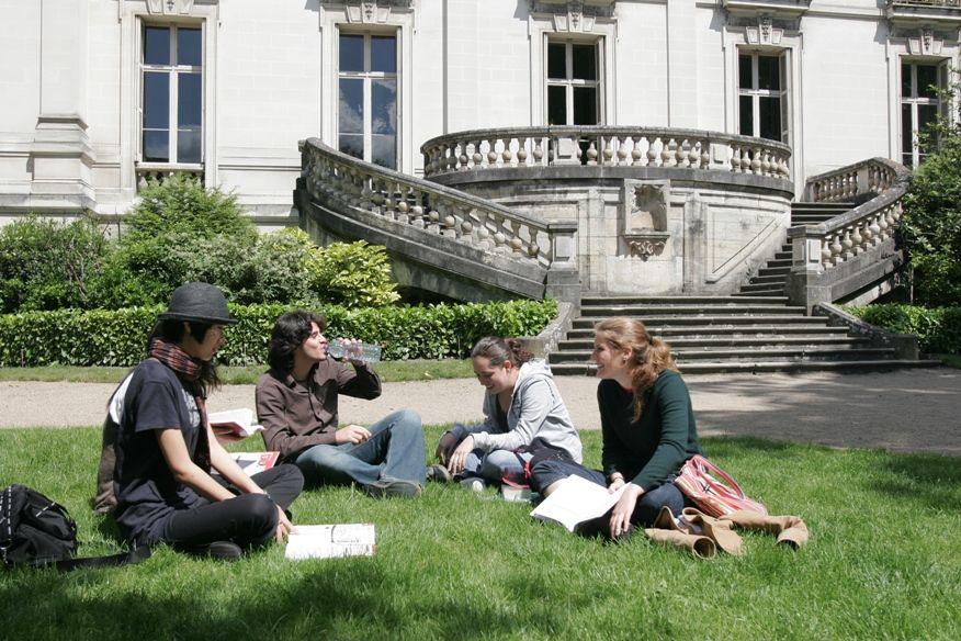 escuela frances tours tiempo libre - Tours