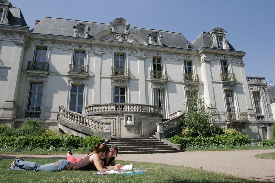 escuela frances tours - Tours