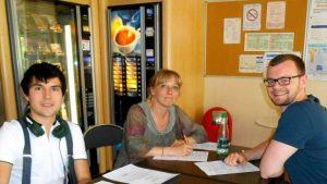 estudiar frances paris 300x169 - Accord