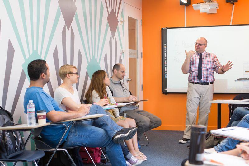 cursos ingles adultos estados unidos - EC+30 en Nueva York