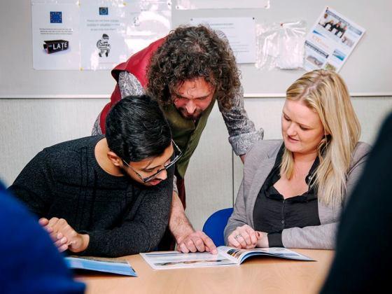 cursos-ingles-estudiantes-adultos-bournemouth