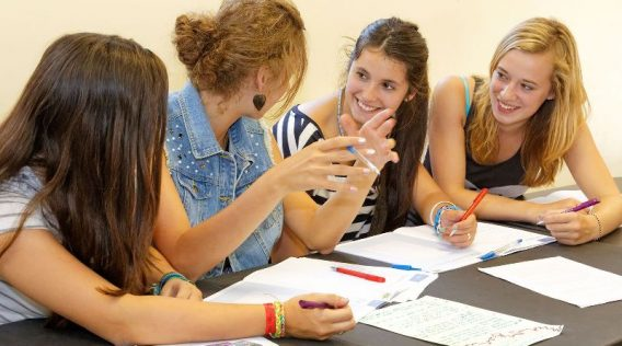 cursos-ingles-verano-jovenes