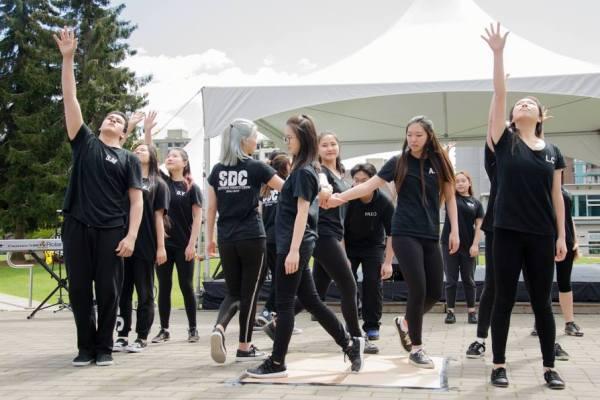 año academico extranjero 2 - West Vancouver School District