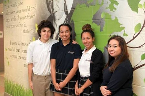 ano academico canada 2 - Durham Catholic School District (Toronto Este)