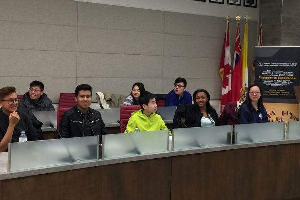 ano academico extranjero 1 - Durham Catholic School District (Toronto Este)