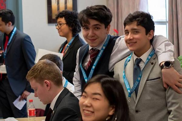 ano escolar en el extranjero 2 - Waterloo Catholic School District (Toronto Oeste)