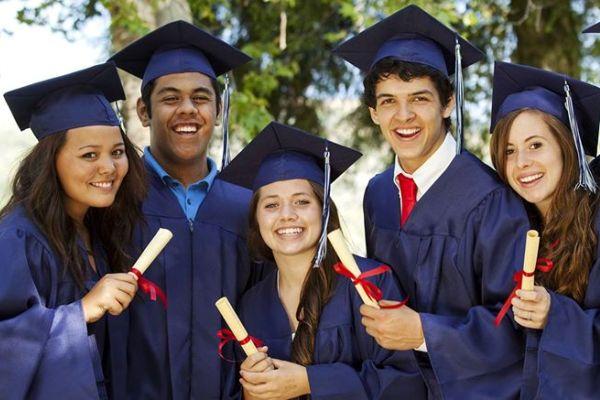 curso academico extranjero 8 - Durham Catholic School District (Toronto Este)