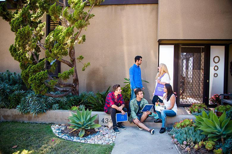 cursos de ingles california - Kaplan