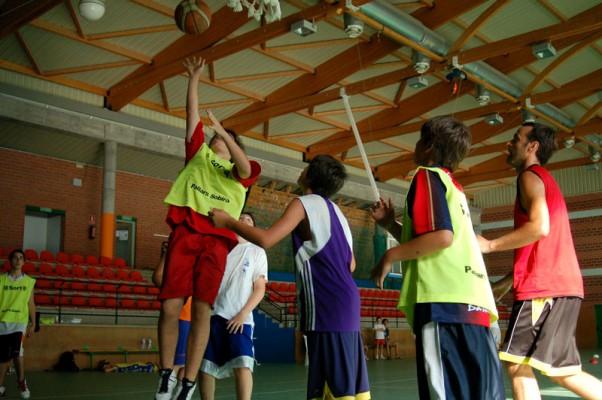 campamentos ingles - Camp Rialp – Basket Camp