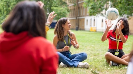cursos-de-ingles-en-verano-para-jovenes