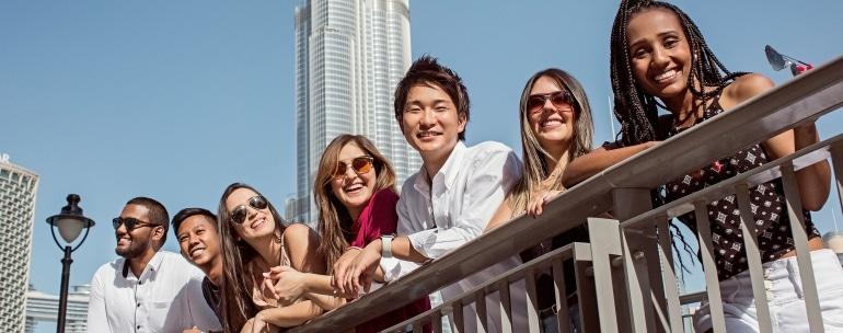 visados para estudiar inglés y trabajar en Dubái